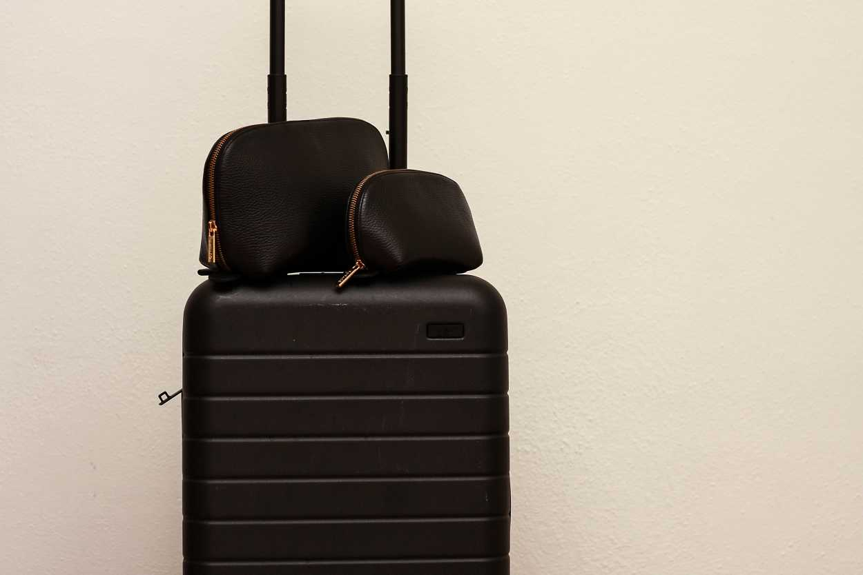 6dad30b3d cuyana leather travel case set review. cuyana review. | Edit Nov. 2018: a  similar set was just released and is available here